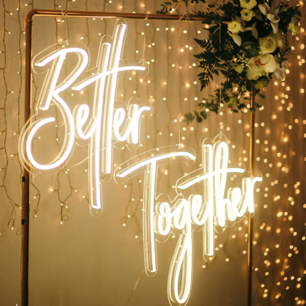 Neón - Better Together 1