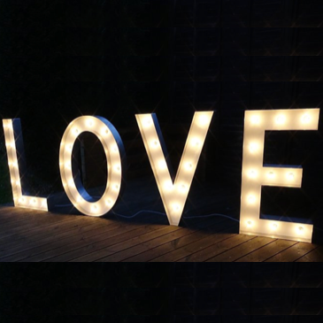 Letras LOVE premium iluminadas 1